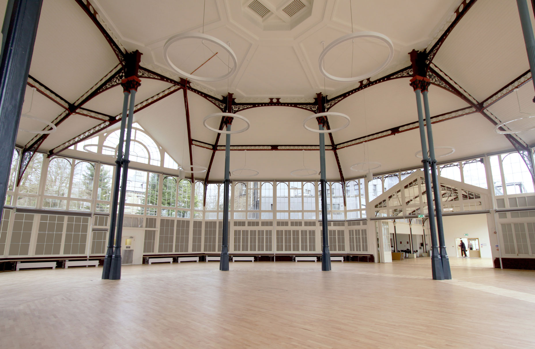 The Octagon - Pavilion Gardens - Concert Hall L8