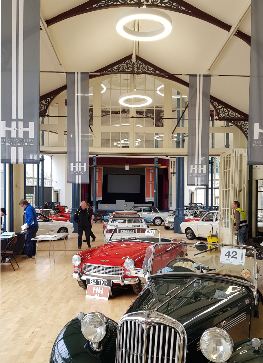 The Octagon - Pavilion Gardens - Car auction event L7