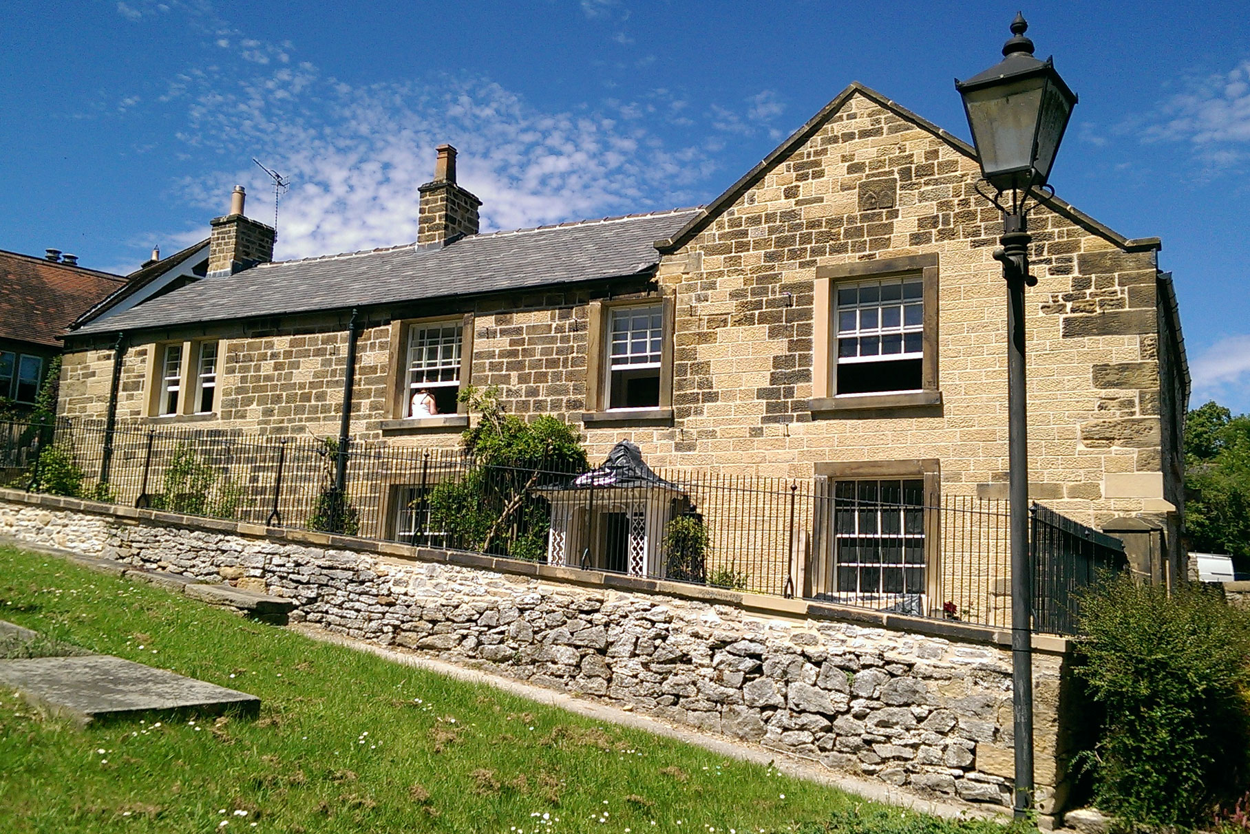 Chantry-House---Bakewell--_L1_-_2
